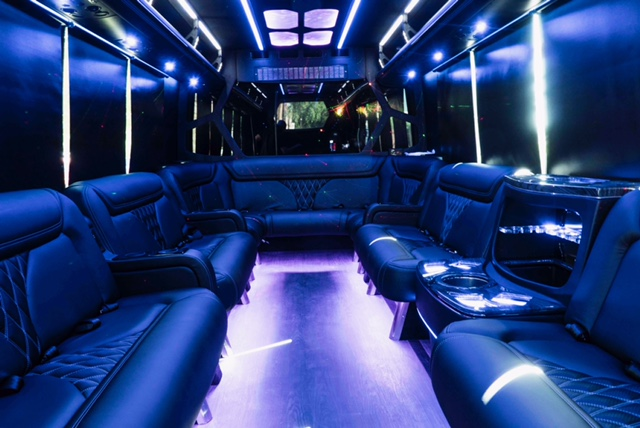 Oakville Prom Limo